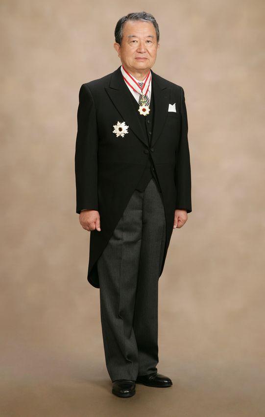 笹山登生の叙勲時の写真